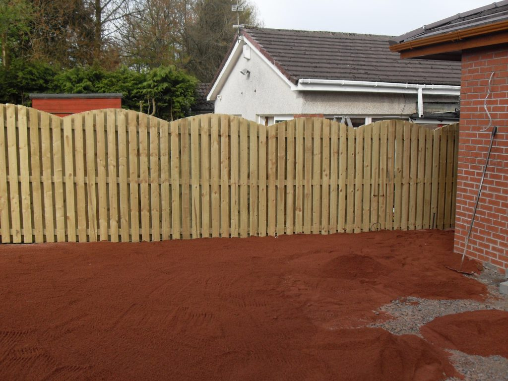 Double Sided Fencing Shaped Scalloped